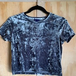 Aeropostale velvet grey crop shirt small